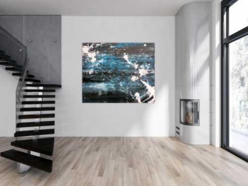 Abstraktes Acrylbild Action Painting sehr modern in dunkelblau schwarz und weiß Spachteltechnik und Splash Art
