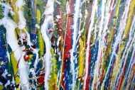 Detailaufnahme Abstraktes Acrylbild Action Painting sehr modern zeitgenössisch bunte Farben mit weiß