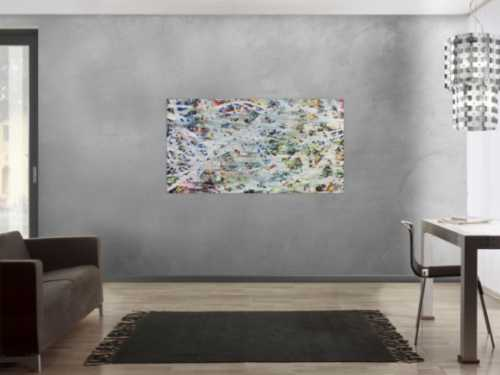 Helles abstraktes Acrylbild mit viel weiß und hellen Farben