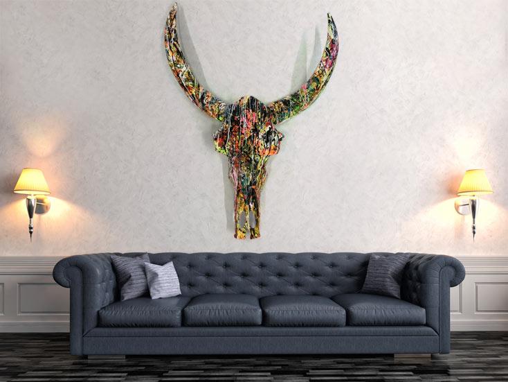 abstrakt bemalter b ffelsch del xxl skulptur sehr gro modern bunte farben neon auf leinwand. Black Bedroom Furniture Sets. Home Design Ideas