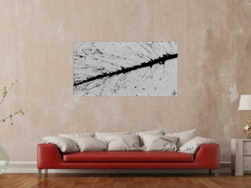 Abstraktes Bild minimalischtisch aus Acryl schwarz weiß warzer Strich Actionpainting